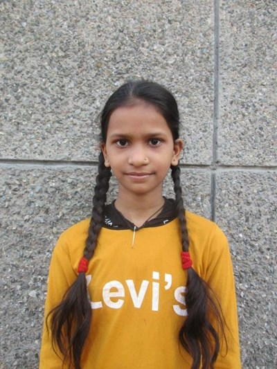 Help Roshani by becoming a child sponsor. Sponsoring a child is a rewarding and heartwarming experience.