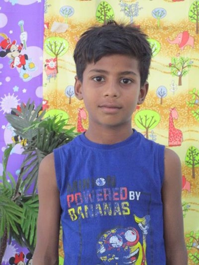 Help Priyanshu by becoming a child sponsor. Sponsoring a child is a rewarding and heartwarming experience.