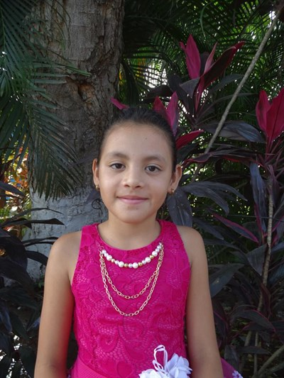 Help Ayleen Sulay by becoming a child sponsor. Sponsoring a child is a rewarding and heartwarming experience.
