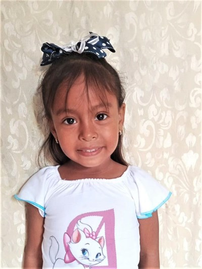 Help Geraldine Ailyn by becoming a child sponsor. Sponsoring a child is a rewarding and heartwarming experience.