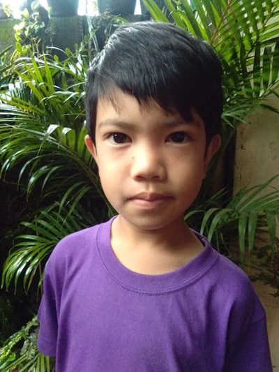 Help Jesther B. by becoming a child sponsor. Sponsoring a child is a rewarding and heartwarming experience.