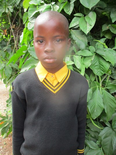 Help Davy by becoming a child sponsor. Sponsoring a child is a rewarding and heartwarming experience.