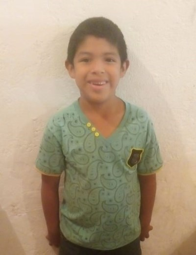 Help Antonio by becoming a child sponsor. Sponsoring a child is a rewarding and heartwarming experience.
