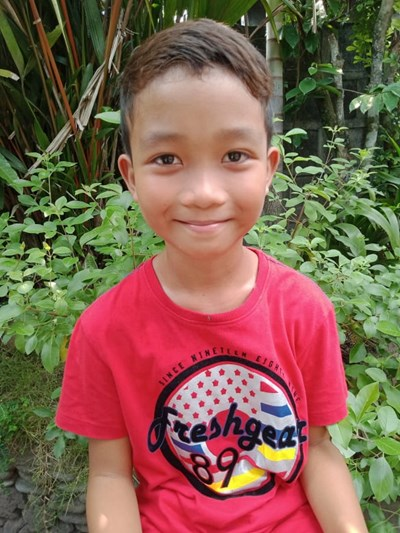 Help Zymon P. by becoming a child sponsor. Sponsoring a child is a rewarding and heartwarming experience.