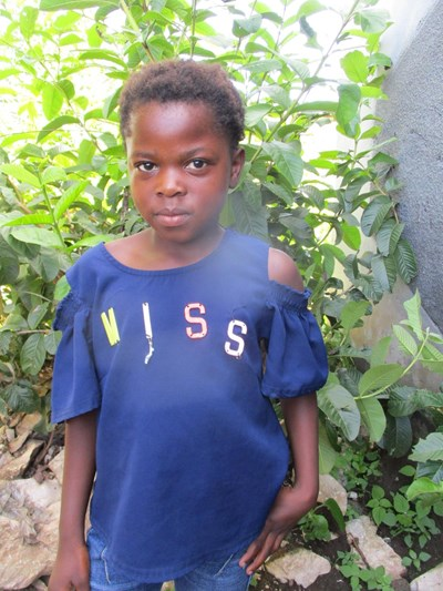 Help Pauline by becoming a child sponsor. Sponsoring a child is a rewarding and heartwarming experience.