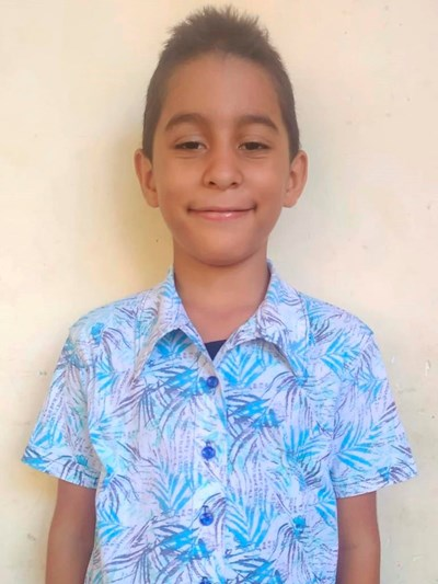 Help Jeremias by becoming a child sponsor. Sponsoring a child is a rewarding and heartwarming experience.