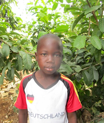 Help Saviour by becoming a child sponsor. Sponsoring a child is a rewarding and heartwarming experience.