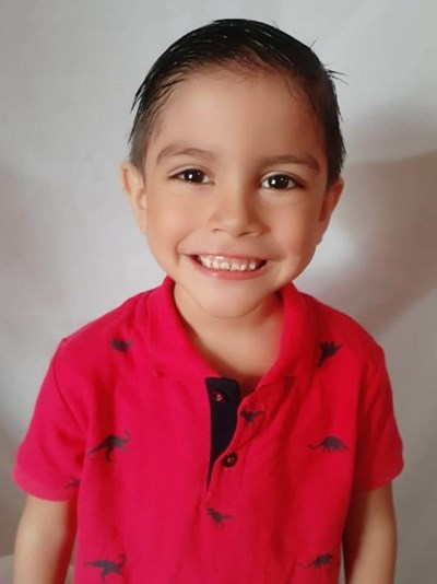 Help Elian Mateo by becoming a child sponsor. Sponsoring a child is a rewarding and heartwarming experience.