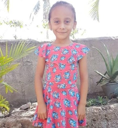 Help Adixa Yosmeli by becoming a child sponsor. Sponsoring a child is a rewarding and heartwarming experience.