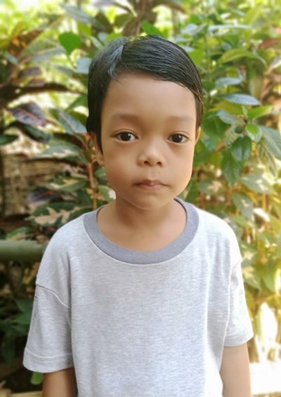 Help Kyle M. by becoming a child sponsor. Sponsoring a child is a rewarding and heartwarming experience.
