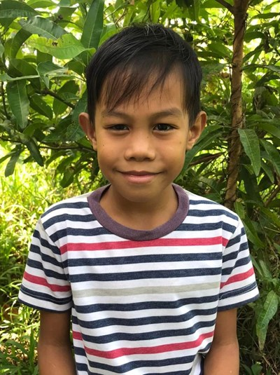 Help John Paul L. by becoming a child sponsor. Sponsoring a child is a rewarding and heartwarming experience.