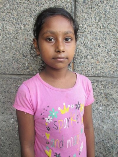 Help Mampi by becoming a child sponsor. Sponsoring a child is a rewarding and heartwarming experience.
