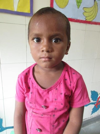 Help Pari by becoming a child sponsor. Sponsoring a child is a rewarding and heartwarming experience.