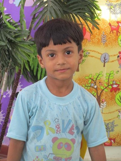 Help Viraj by becoming a child sponsor. Sponsoring a child is a rewarding and heartwarming experience.
