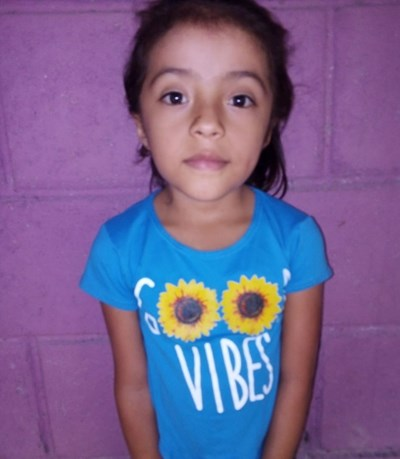 Help Elsa Sarahi by becoming a child sponsor. Sponsoring a child is a rewarding and heartwarming experience.