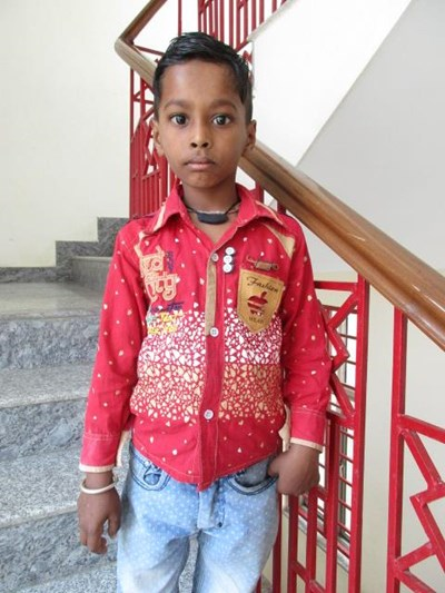 Help Dharmendr Kumar by becoming a child sponsor. Sponsoring a child is a rewarding and heartwarming experience.