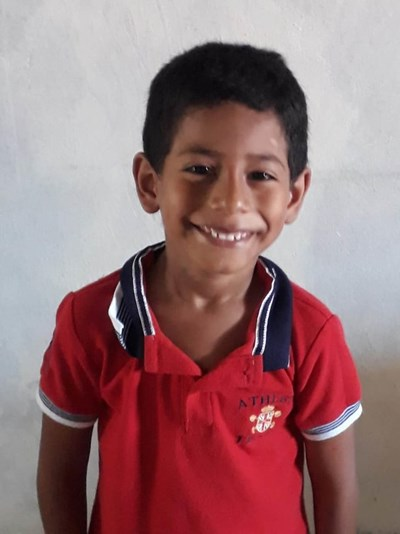 Help Edison Jose by becoming a child sponsor. Sponsoring a child is a rewarding and heartwarming experience.