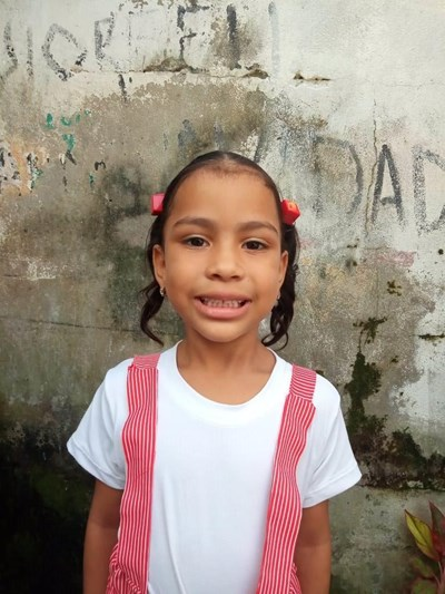 Help Gineth  Paola by becoming a child sponsor. Sponsoring a child is a rewarding and heartwarming experience.