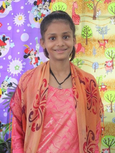 Help Gulnaar by becoming a child sponsor. Sponsoring a child is a rewarding and heartwarming experience.