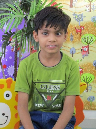Help Himanshu by becoming a child sponsor. Sponsoring a child is a rewarding and heartwarming experience.