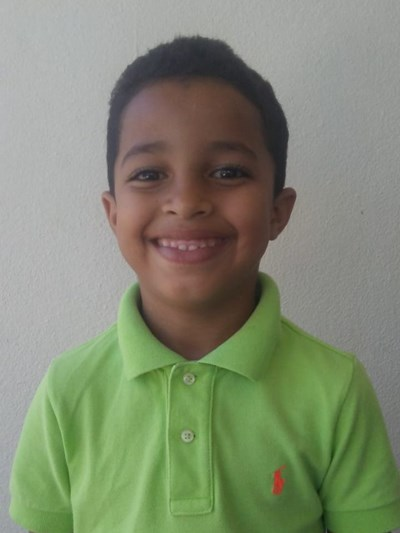 Help David De Jesus by becoming a child sponsor. Sponsoring a child is a rewarding and heartwarming experience.