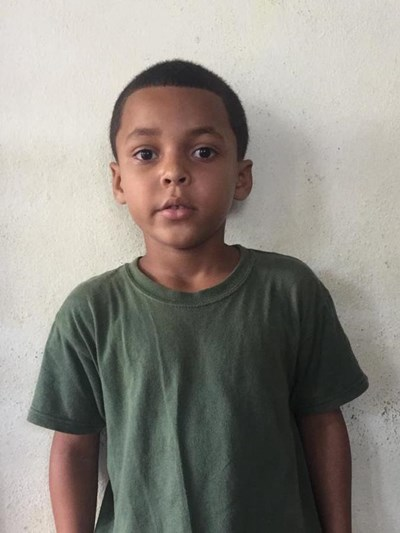 Help Moises Rafael by becoming a child sponsor. Sponsoring a child is a rewarding and heartwarming experience.