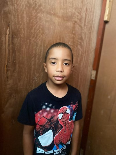 Help Jeyck Manuel by becoming a child sponsor. Sponsoring a child is a rewarding and heartwarming experience.