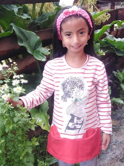 Help Nahomi Estefania by becoming a child sponsor. Sponsoring a child is a rewarding and heartwarming experience.