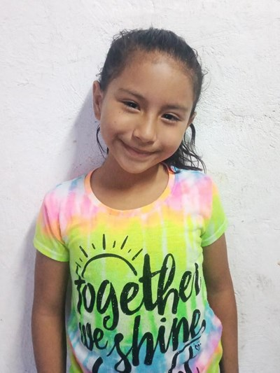 Help Tiffany Yeneris by becoming a child sponsor. Sponsoring a child is a rewarding and heartwarming experience.