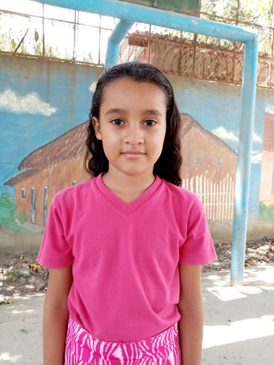 Help Allison Nahomy by becoming a child sponsor. Sponsoring a child is a rewarding and heartwarming experience.