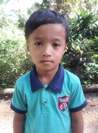 Help Sonny Jr. F. by becoming a child sponsor. Sponsoring a child is a rewarding and heartwarming experience.
