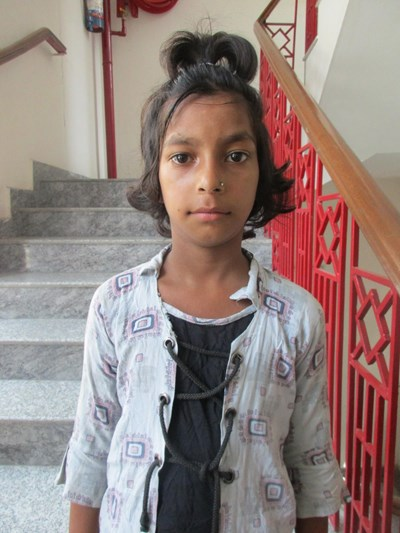 Help Kareena by becoming a child sponsor. Sponsoring a child is a rewarding and heartwarming experience.