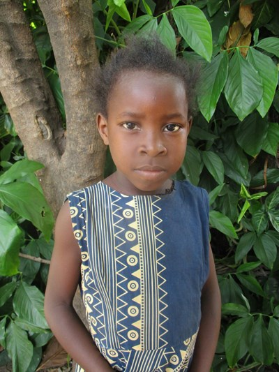 Help Catherine by becoming a child sponsor. Sponsoring a child is a rewarding and heartwarming experience.
