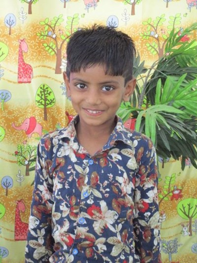 Help Piyush by becoming a child sponsor. Sponsoring a child is a rewarding and heartwarming experience.