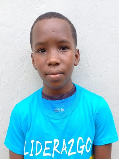 Help Aleisi by becoming a child sponsor. Sponsoring a child is a rewarding and heartwarming experience.
