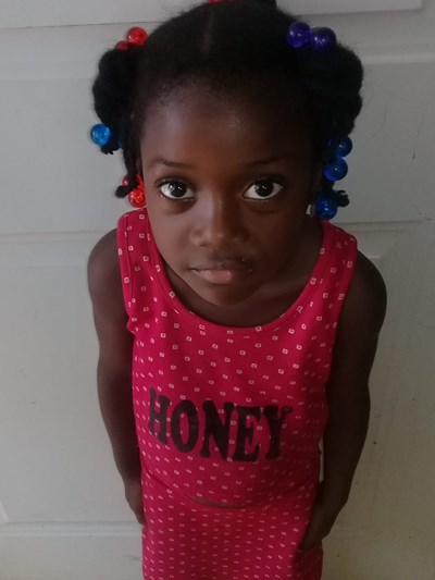 Help Soribel by becoming a child sponsor. Sponsoring a child is a rewarding and heartwarming experience.