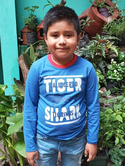 Help Jefri Natanael by becoming a child sponsor. Sponsoring a child is a rewarding and heartwarming experience.