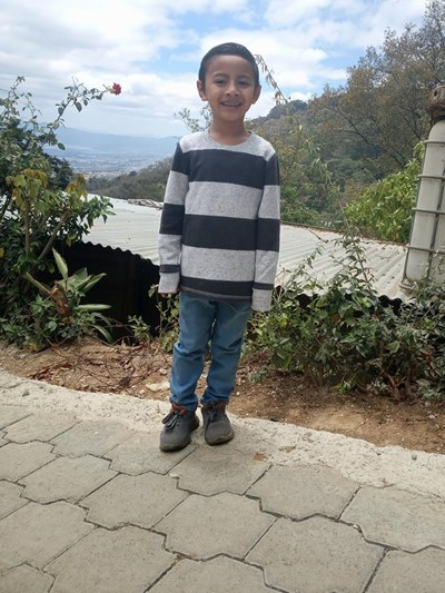 Help Victor Antonio by becoming a child sponsor. Sponsoring a child is a rewarding and heartwarming experience.