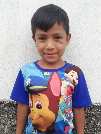 Help Dilan Mikeas by becoming a child sponsor. Sponsoring a child is a rewarding and heartwarming experience.