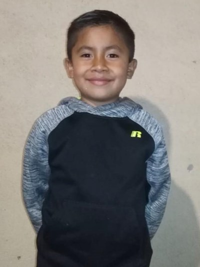 Help Kevin Rene by becoming a child sponsor. Sponsoring a child is a rewarding and heartwarming experience.