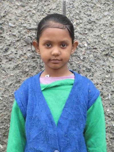 Ayude a Kiran apadrinándole hoy. El apadrinamiento es una experiencia hermosa y gratificante.