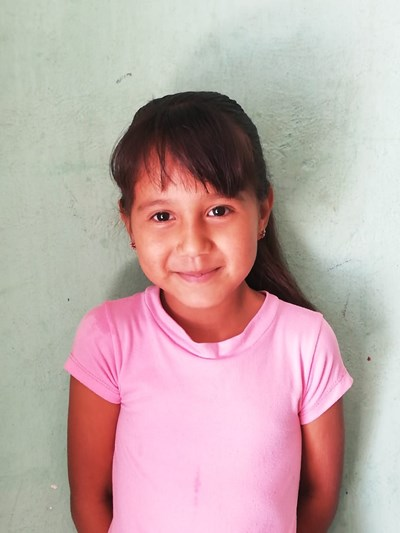Help Verónica Vanessa by becoming a child sponsor. Sponsoring a child is a rewarding and heartwarming experience.