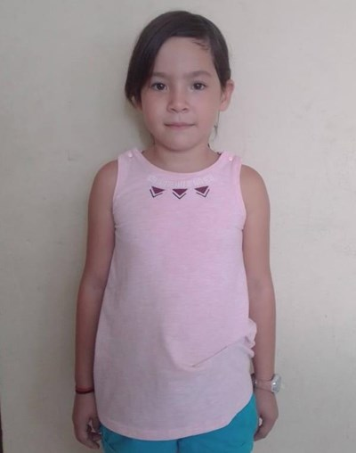 Help Emely Dayanara by becoming a child sponsor. Sponsoring a child is a rewarding and heartwarming experience.