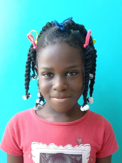 Help Jeany by becoming a child sponsor. Sponsoring a child is a rewarding and heartwarming experience.