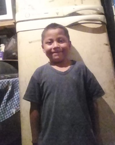 Help Tomás by becoming a child sponsor. Sponsoring a child is a rewarding and heartwarming experience.