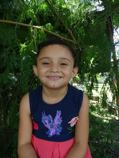 Help Rosa Sarahi by becoming a child sponsor. Sponsoring a child is a rewarding and heartwarming experience.