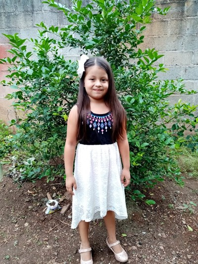 Help Estefany Areli by becoming a child sponsor. Sponsoring a child is a rewarding and heartwarming experience.