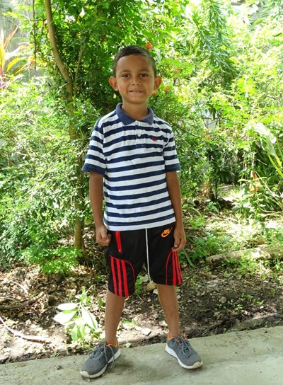 Help Haman Bonet by becoming a child sponsor. Sponsoring a child is a rewarding and heartwarming experience.