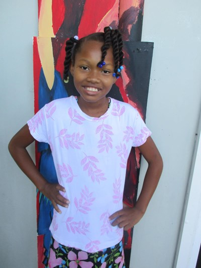 Help Ashley Melissa by becoming a child sponsor. Sponsoring a child is a rewarding and heartwarming experience.