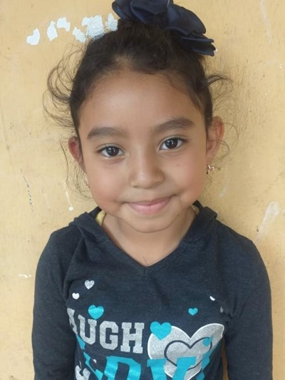Help Meylin Marissa by becoming a child sponsor. Sponsoring a child is a rewarding and heartwarming experience.